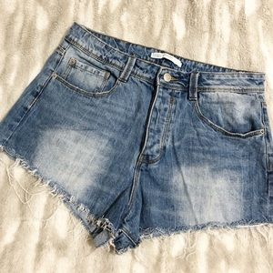 Zara | Denim Raw Hem Jean Shorts